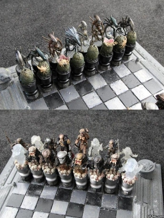 alien-vs-predator-chess