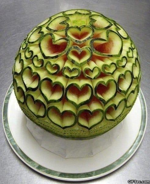 epic-watermelon-sculpting
