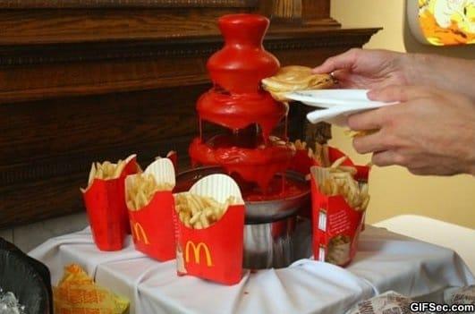 ketchup-fountain
