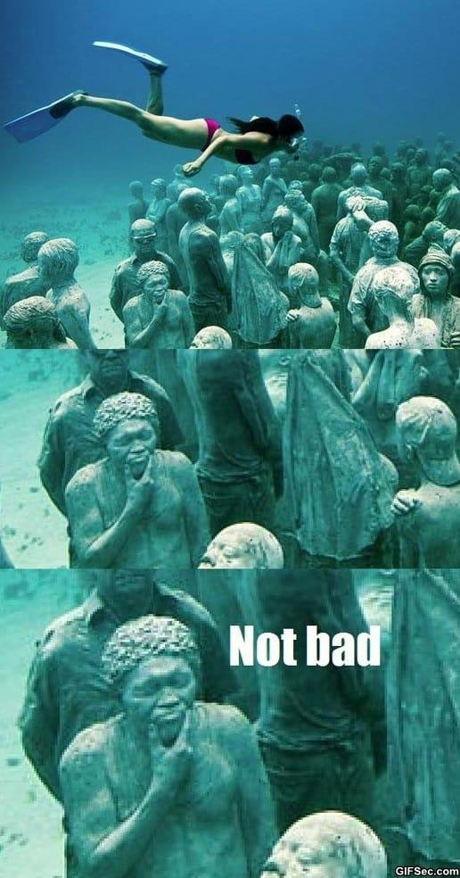 lol-underwater-sculptures