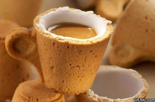 the-cookie-cup-nom-nom-nom
