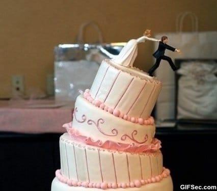 epic-wedding-cake