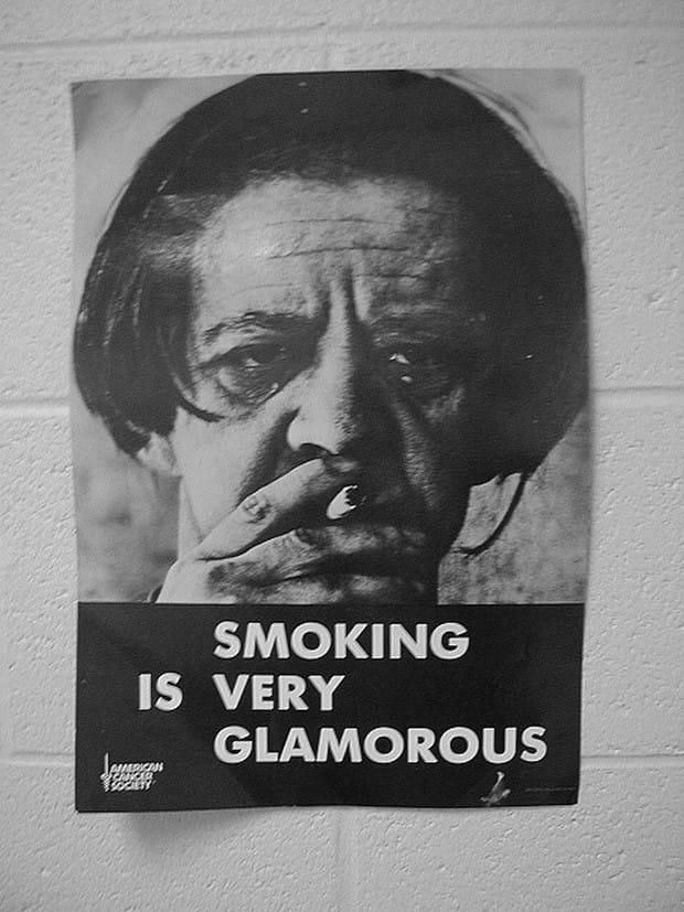 smoking-is-glamorous