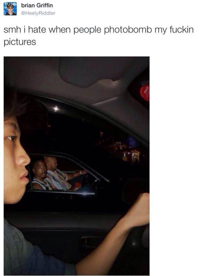 stop-photobombing-guys