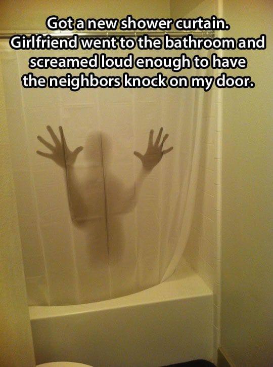 shower-curtain-prank