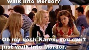 girls-discussing-lotr
