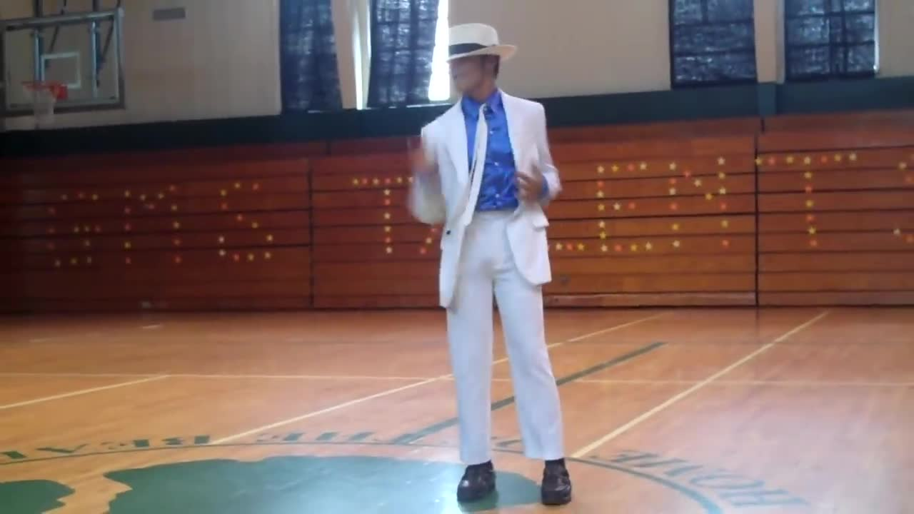 Michael Jackson dance video