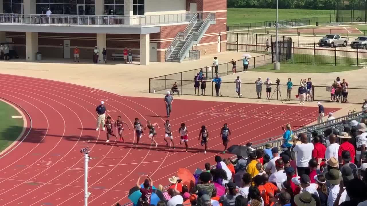 Teen Breaks United States High School Running Record