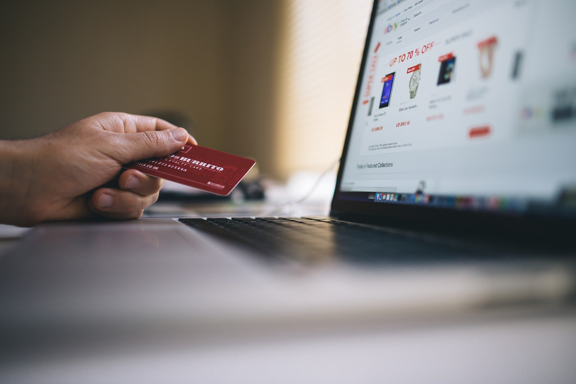 different ways to improve e-commerce sales