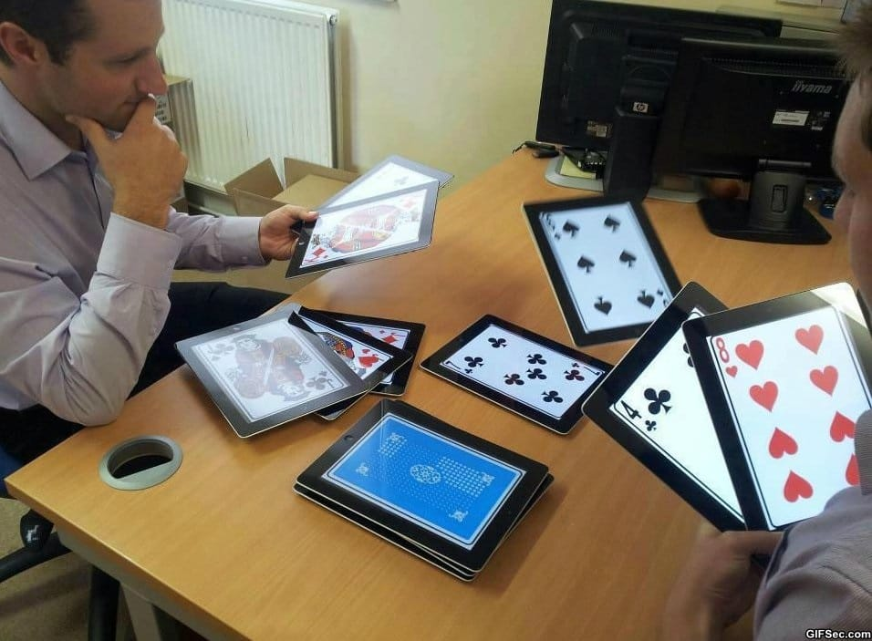 funny-playing-cards-using-ipads