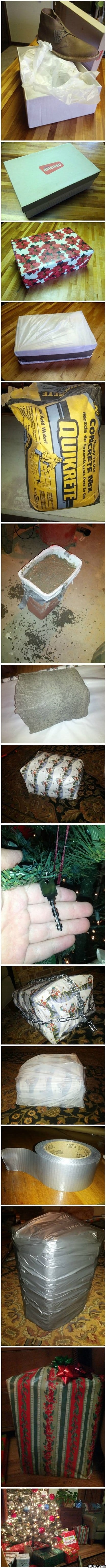 funny-pictures-how-to-properly-wrap-a-present
