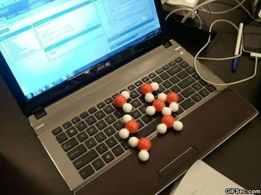 oops-i-spilled-water-on-my-laptop