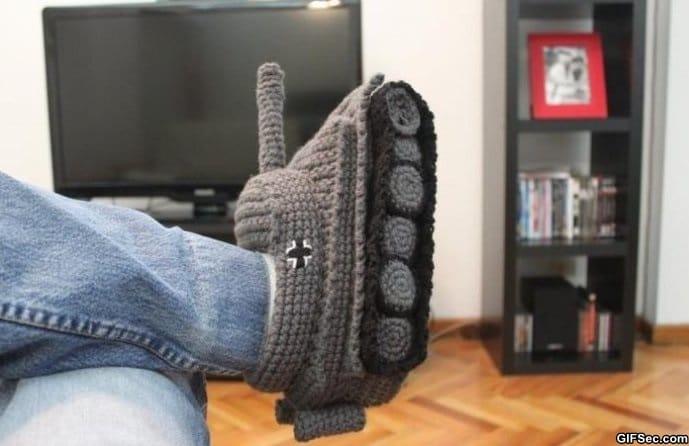 tank-slippers