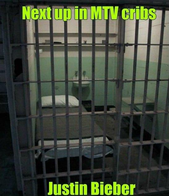 funny-justin-bieber-in-prison-meme