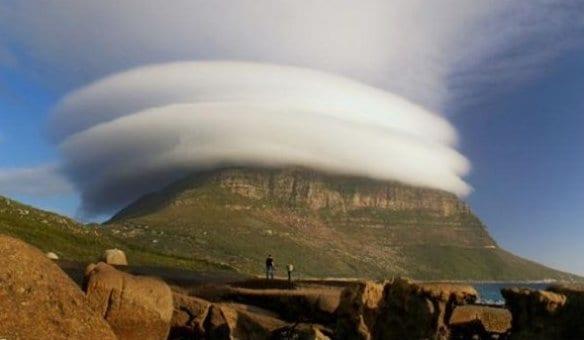 funny-2014-cloud-rings