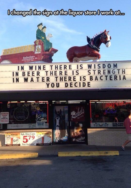 liquor-store-sign